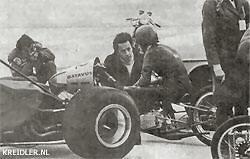 De Engelse sprintcracks stonden André met raad en daad bij en gaven hem vaak nuttige adviezen, waarmee hij o.a. zijn starttechniek kon verbeteren