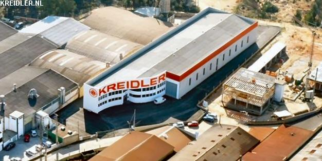 Het bedrijfspand van John Bos Kreidler in Portugal