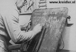 Het blijft essentieel alles op te schrijven, een schoolbordje is daarvoor zeer geschikt (met vuile handen).