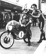 Angel Nieto kan rekenen op Jan de Vries, 1975