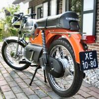 De RS 1974 van Gijs, in pronkstaat in Drenthe.