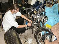Arnoud (Haakie) - Kreidlerclublid maart 2008 - Sleutelen