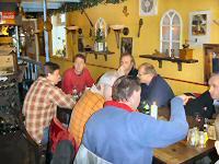 Claus bij de seizoensafsluiting in Nunspeet 2005, Aan tafel met de klok mee: Gert (Alfasud), Nico Ha, Frans (Dimage), Maarten, Claus, Tjerry, Marcel (dewilde13)