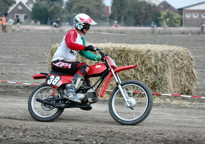 Claus (LVS) - Kreidlerclublid april 2009 - Crossen!