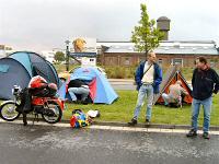 Tjerry (tvdzijden) - Kreidlerclublid mei 2008 - In Willich 2004 bij het 50 en 80 CC treffen, de kampeerders waren een groepje uit Duiven en omstreken.