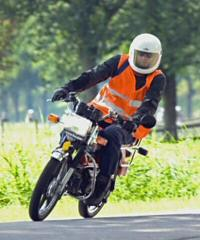 Tjerry (tvdzijden) - Kreidlerclublid mei 2008 - Voorrijder bij de Lexmond meeting 2007