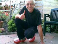Nico Ha - Kreidlerclublid november 2009 - Op de mooie Kreidler klompen