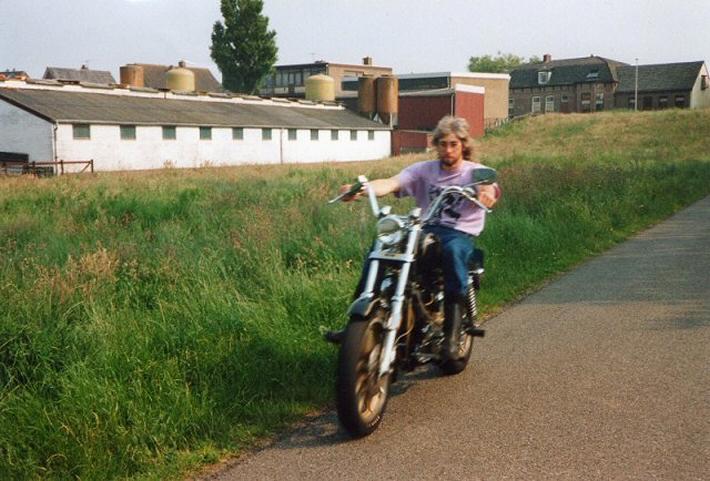 Nico Ha - Kreidlerclublid november 2009 - Op de Harley