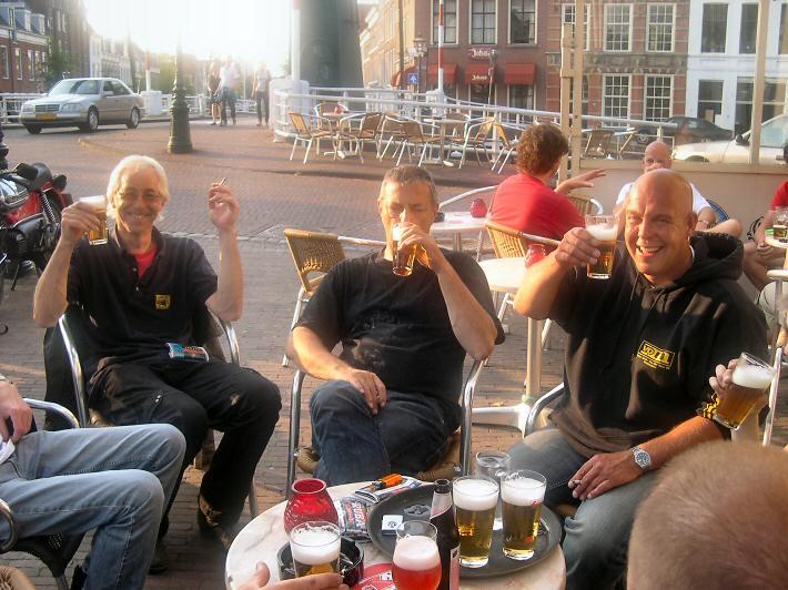 Nico Ha - Kreidlerclublid november 2009 - Proost op de de donderdagavond nozemavond in Leiden!